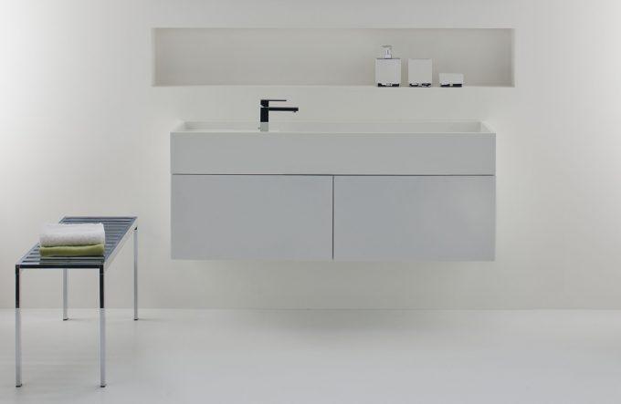 Omvivo CDesign 1330 Basin and Cabinet