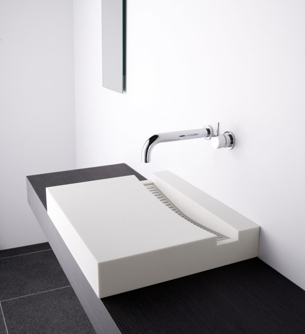 KL Solid Surface White