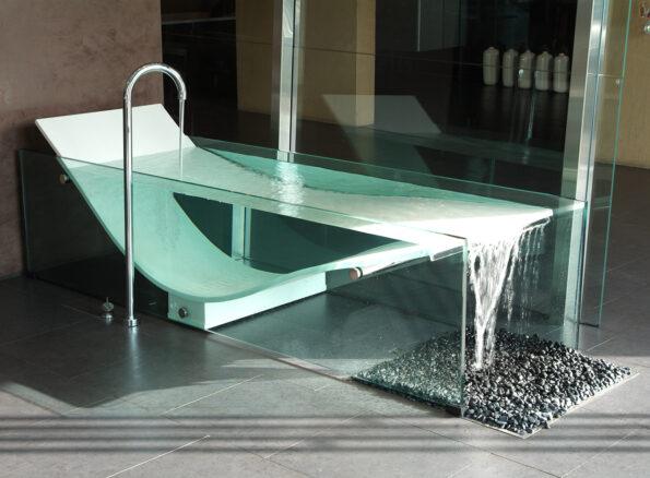 Le Cob Bath with Ulisse Floor Outlet