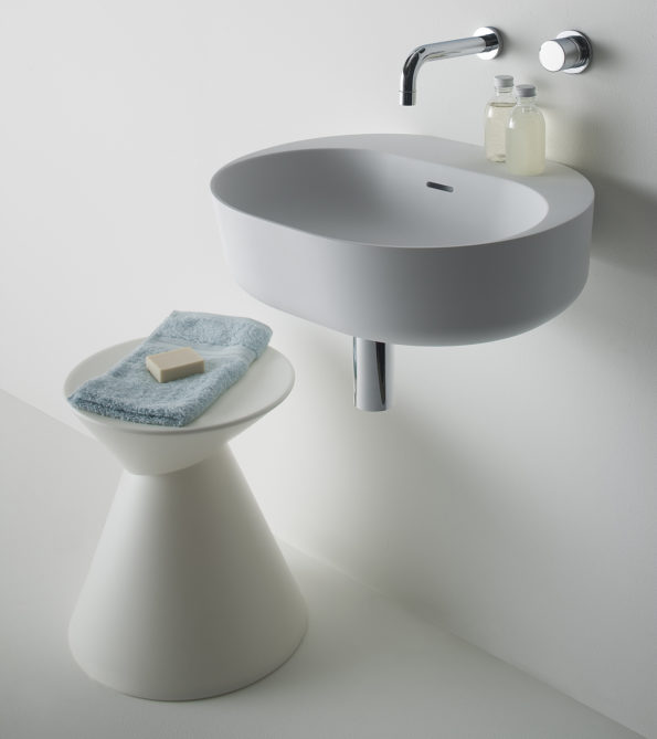 Omvivo La La Stool with Lilli 550 Basin