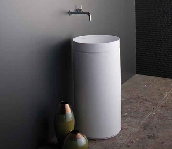 Omvivo Mono Basin and Pedestal