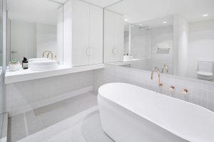 Omvivo Latis Round Basin with Latis Oval Bath