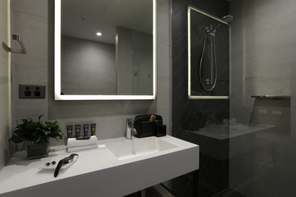 Omvivo Custom Basin_Novotel South Wharf Melbourne